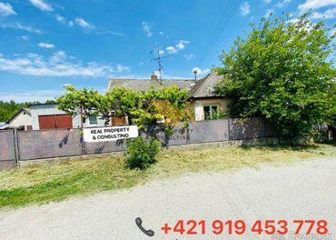 Predám rodinný dom v obci Holice, v blízkosti R7