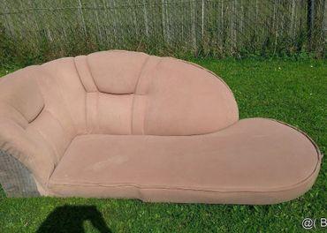 Sedacia súprava, sedačka, kreslo (fotelka), hnedá farba.