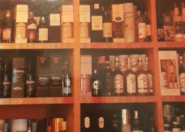 Velka kniha o whiskey