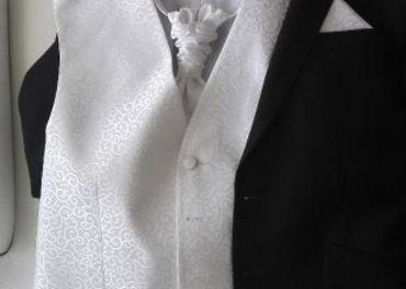 Svadobny / slavnostny oblek
