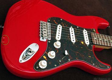 Predám elektrickú gitaru Stratocaster FENIX by Young Chang