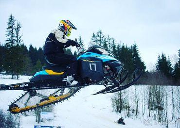 Ski doo e-tec 800
