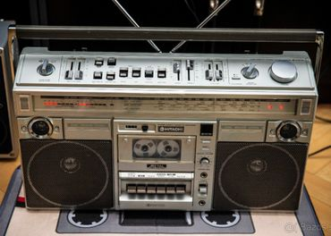 HITACHI TRK-8290  Made In Japan