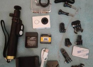 Akcna kamera Yi s prislusenstvom