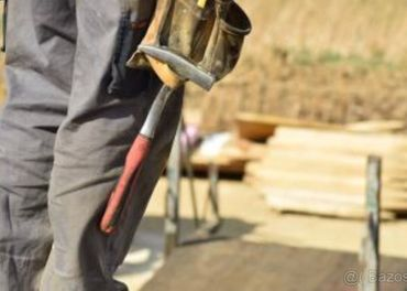 Tesar stavebný stolar monter