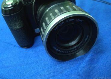 Fujifilm FinePix S5600 Zoom