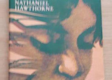 Nathaniel Hawthorne: Dom so siedmimi štítmi