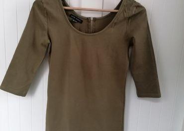 olivové šaty HOUSE