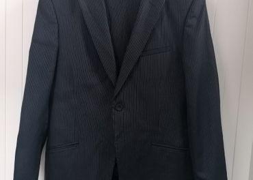 Pánske čierne sako FUENTECAPALA