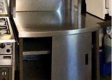 Gastro zariadenie ,Výdajný  pult