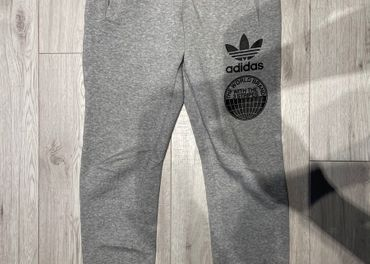 Pánske tepláky Adidas Originals