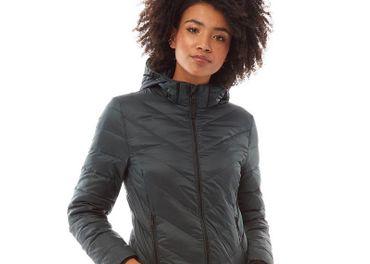 Parádna  bunda prvej kvality značky Jack Wills tmavozelenej