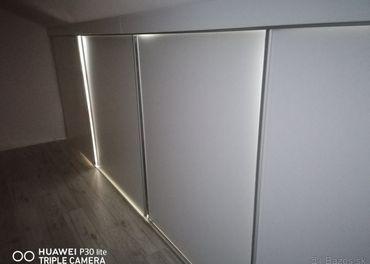 Posuvne dvere do satnika v podkroví