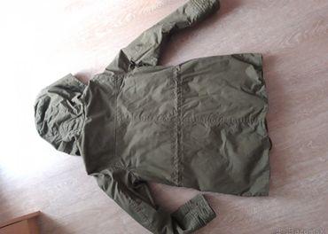 H&M zelená zimná bunda veľ.36