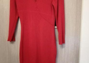 Dámske úpletové červené šaty