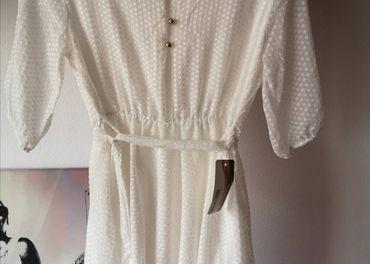 Nové biele šaty s visackou