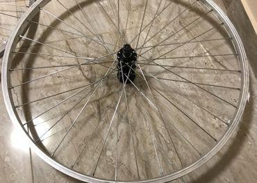 26 kolesa na horsky bicykel...