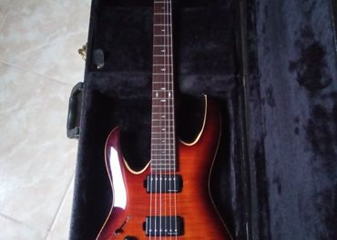 Gitara LAG Arkane 500 pre lavakov