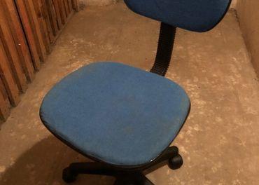 Predám detskú stoličku na kolieskach