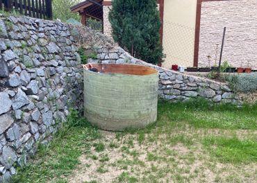 Kúpacia kaďa / ochlazovací bazén pre 6 ľudí