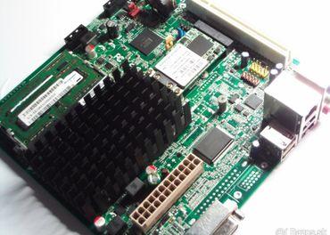 mini itx dosku s intel atom d2700+2gb ddr3+2.4-5ghz mini pci