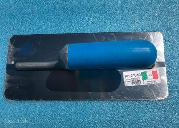 Nové hladítko z ocele 21049 so šírkou 28 cm