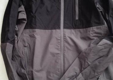 športová bunda (M)