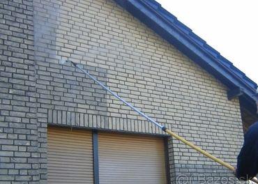 Čistenie fasád, strešných krytín, dlažby a múrov