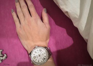 Dámske nerezové hodinky