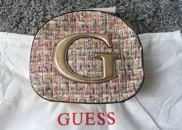 Batoh zlatý, Guess