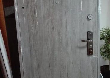 Bezpečnostné oceľové dvere