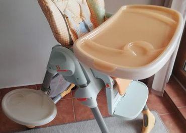 Predám jedálenskú stoličku Chicco polly 2v1