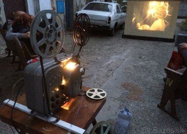 Kupim 16mm film 16 mm filmy do premietacky