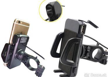 Držiak mobilu alebo GPS navigacie s USB