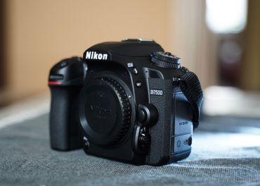 Predám Nikon D7500, Ako nový, minimálne použitý