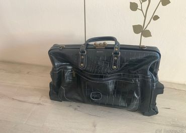 Kozena cestovna taska