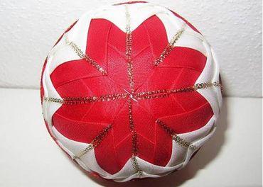 Vianočná guľa - nešitý vpichovaný patchwork