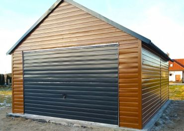 Plechové garáže, voliery pre psov, garážové brány