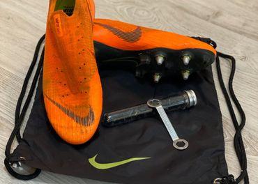 Predám kopačky UK 9.5 Nike Mercurial Vapor XII Anti-Clog