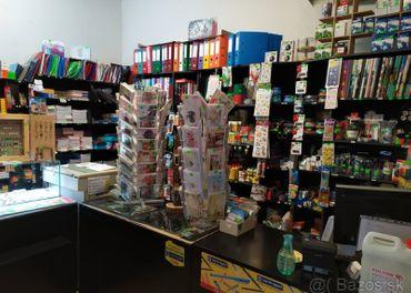 Obchodné predajné policové skrine,pulty,kopírka