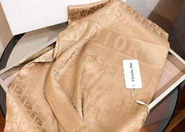 Dior luxusný velký šál/pléda v darčekovom balení Dior01