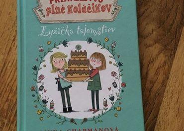 Priateľstvo plné koláčikov, Lyžička tajomstiev - Linda Chapm