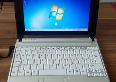 predám základnú dosku z netbooku Acer aspire one ZG5
