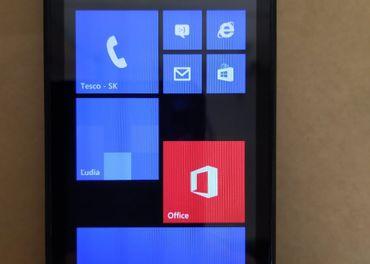 Nokia Lumia 512