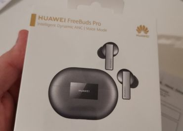 Huawei Freebuds PRO strieborne // REZERVOVANE DO 5.12.20