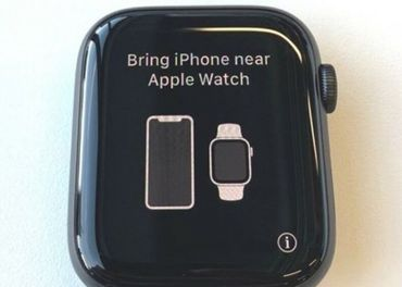 Apple watch space gray 4 series 44mm cierny naramok .
