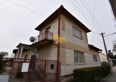 Znížená cena Predám 4 izbový rodinný dom v Trnovci nad Váhom