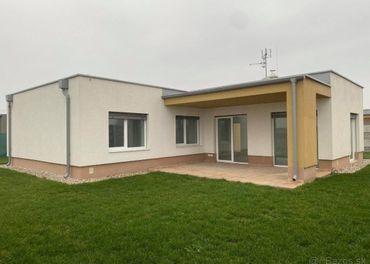 4-izbový rodinný dom s dvjogarážou -Topoľníkoch -novostavba