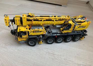 LEGO Technic 42009 Mobilný žeriav MK II
