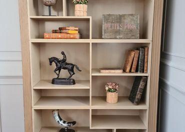 Predám knižnicu z masívneho dreva